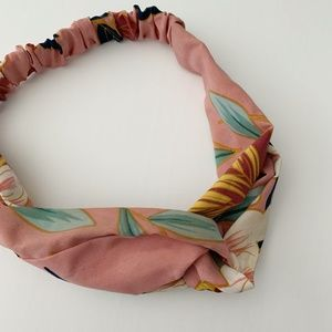 Forever 21 Dusty Pink Floral Headband Wrap